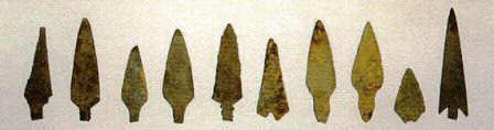 Pictures of different Types of Arrowheads