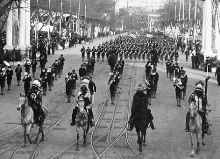 Geronimo leads President Theodore Roosevelt's Inaugural Parade