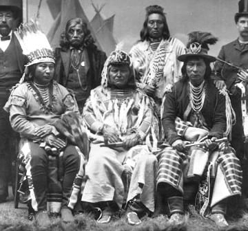 Which Indigenous Tribes Lived On Vancouver Island